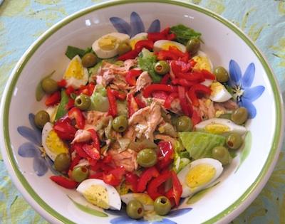 Salmon Salad / www.super-seafood-recipes.com